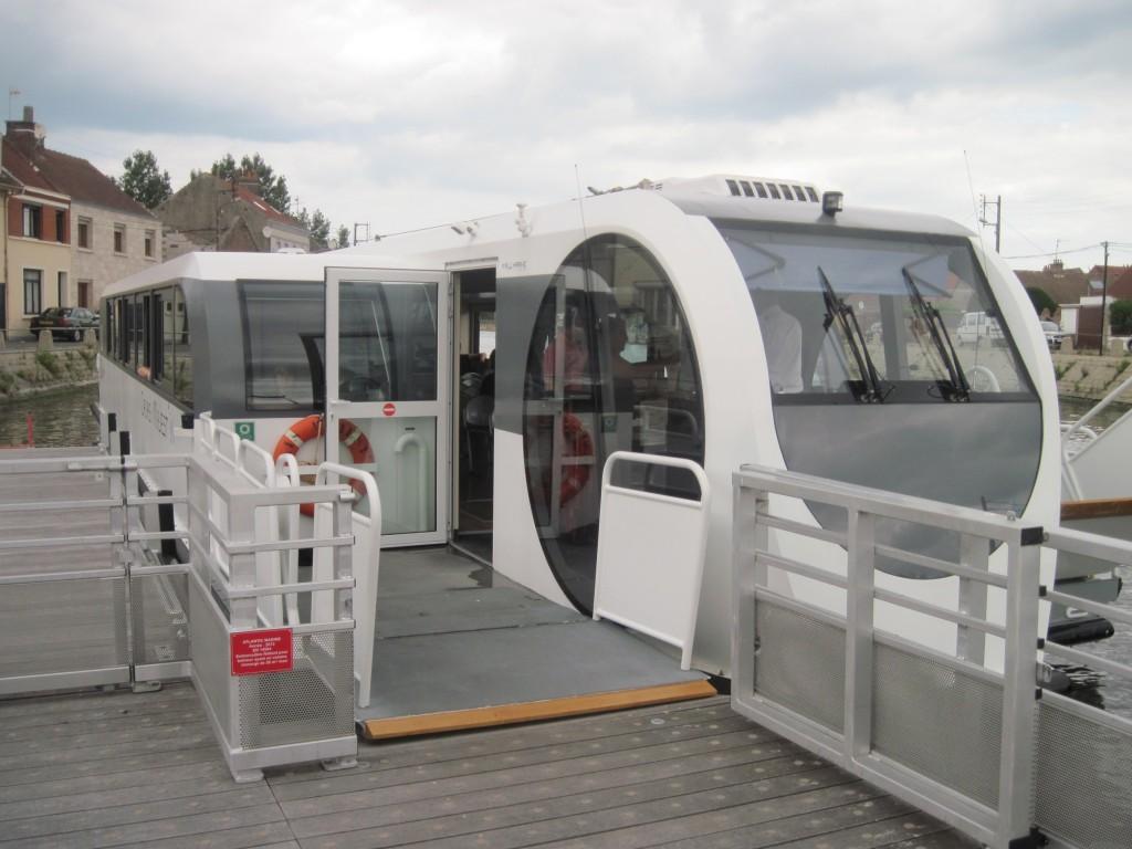 Majestin Calais navire